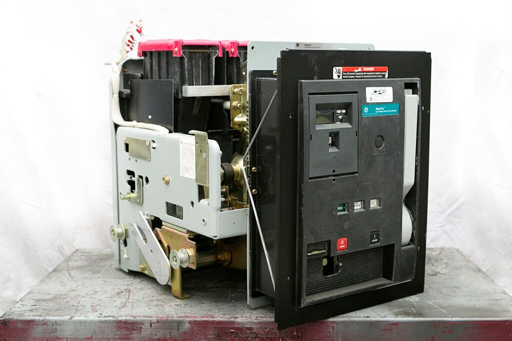 Low Voltage Power Circuit Breakers - LV Circuit Breaker ...