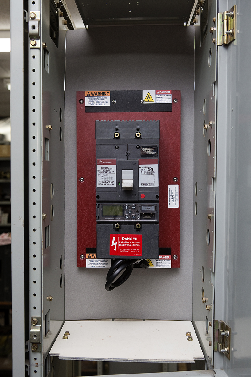 Molded Case Breakers Circuit Breaker Reconditioning Repair Previous Next Quick Contact Request